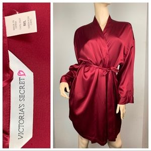 Victoria's Secret Wine 🍷 Red Sexy Silk Short Robe